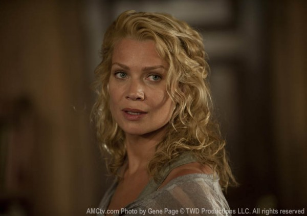laurie holden The walking dead season 3 600x422